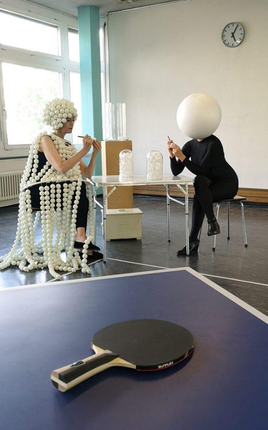 performance PING PONG by Martina von Meyenburg / Myriam Gämperli at The Art Cabinet by StudioK3, group show, 2020, Zurich